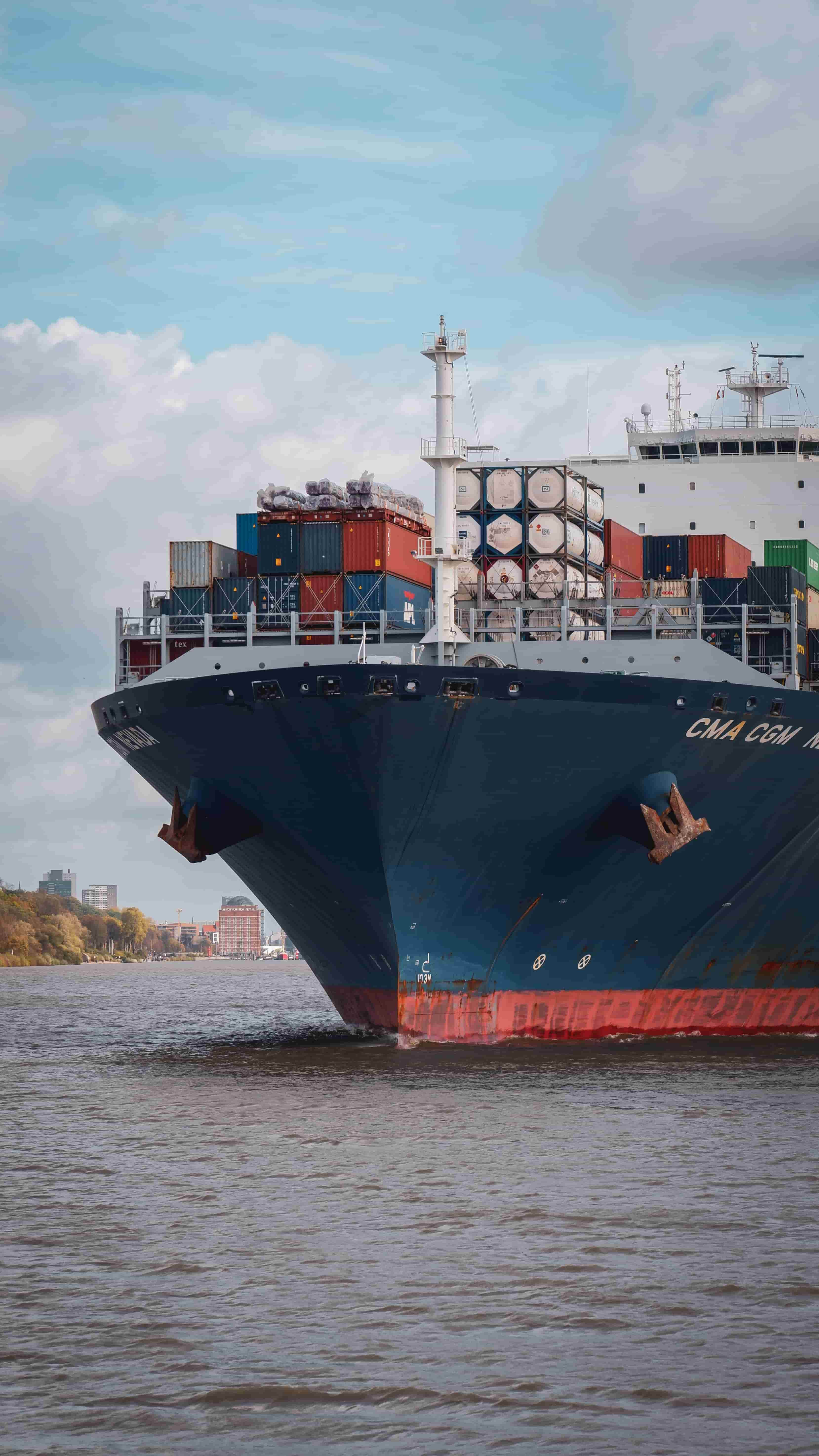No implied indemnity regarding statement of cargo's apparent condition on loading